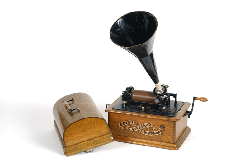 The Edison Standard Phonograph used by Percy Grainger to record folk songs on wax cylinders.