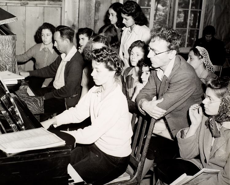 Percy Grainger teaching a class at the National Music Camp, Interlochen, Michigan, c 1942.